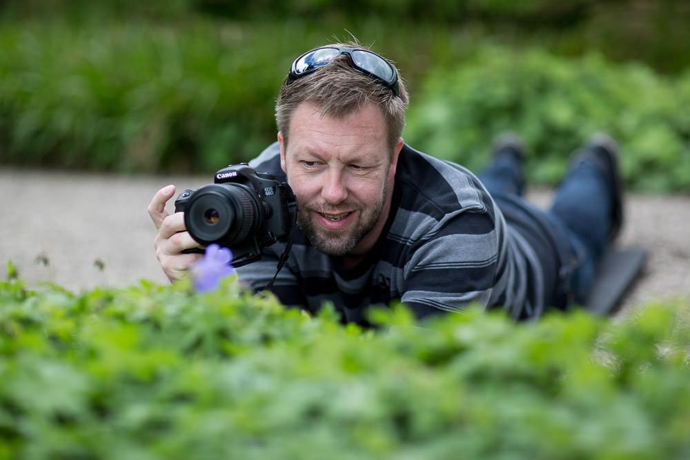 Brian Holm Nielsen på jagt efter makrobilleder